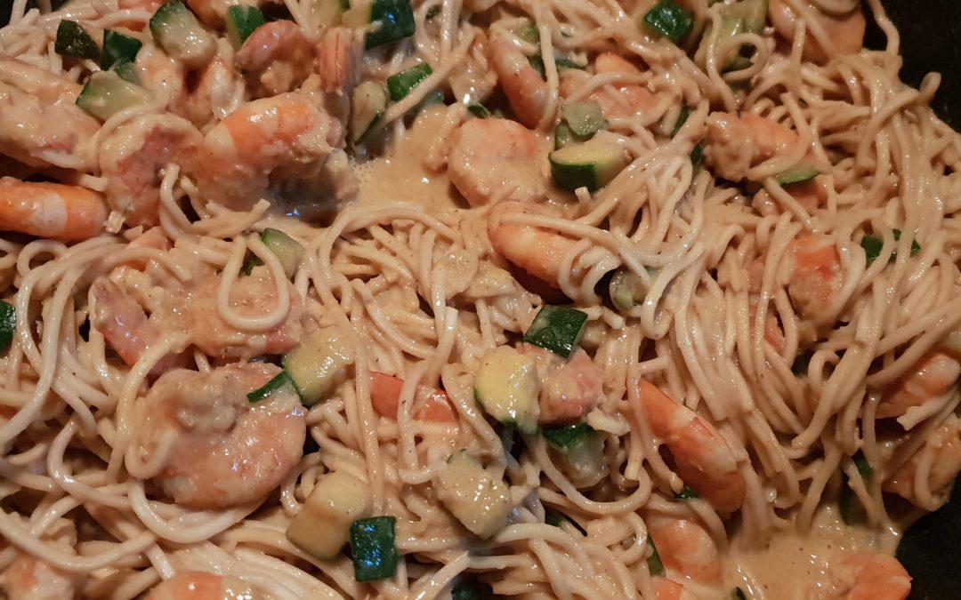Crevettes marinées, coco et gingembre